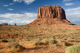 USA_10326_Monument_Valley_Luca_Galuzzi_2007.jpg